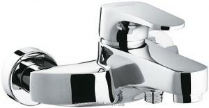 Смеситель однорычажный для ванны с коротким изливом Ferro коллекция Justic хром BBJ1SVL