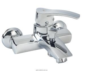 Смеситель однорычажный для ванны с коротким изливом Rubineta коллекция Naro хром 540023