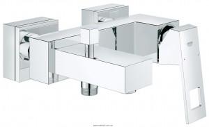 Смеситель однорычажный для ванны с коротким изливом Grohe коллекция Eurocube хром 23140000