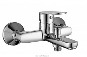 Смеситель однорычажный для ванны с коротким изливом Imprese коллекция Laska хром 10040