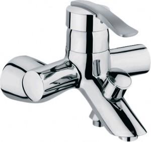 Смеситель однорычажный для ванны с коротким изливом Grohe коллекция Ectos хром 33397000МВ