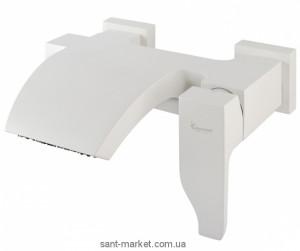 Смеситель однорычажный для ванны с коротким изливом EMMEVI коллекция Niagara белый BIO 74001