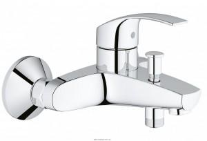 Смеситель однорычажный для ванны с коротким изливом Grohe коллекция Eurosmart New хром 33300002