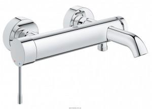 Смеситель однорычажный для ванны с коротким изливом Grohe коллекция Essence хром 33624001
