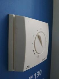 Терморегулятор для теплого пола Devi DEVIreg 130 белый 140F1010
